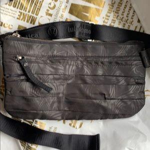 Lululemon Black Travel Pooch Belt Bag Fanny Pack